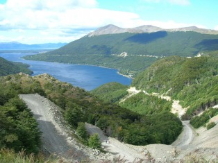 Intensa movilización turística por el feriado, con un pico de 92% de ocupación en Tierra del Fuego
