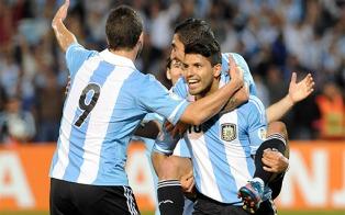 Argentina joga contra o Chile pelas Eliminatórias no estádio do River Plate