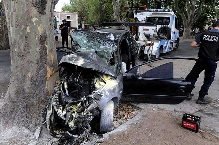 no puede ser!!! niall horan tuvo un accidente en su auto!!!!