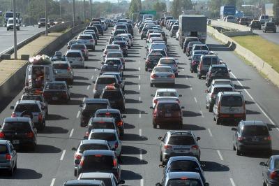Demoras en la general paz y en las salidas de la ciudad de for Benetton quedara autopista panamericana acceso oeste