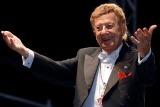Mariano Mores: 95 años de la exuberante caligrafía del tango