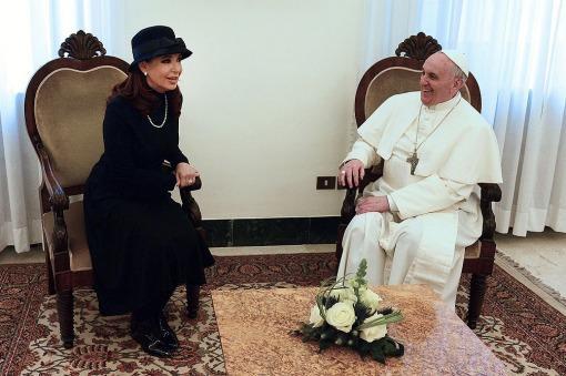 Cristina viaja hacia Italia a reunirse con el Papa