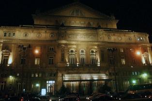 """Los trabajadores del Colón denunciaron el """"deterioro salarial y artístico"""" del teatro"""