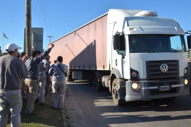 El Ministerio de Trabajo dictó la conciliación obligatoria en el conflicto de Camioneros