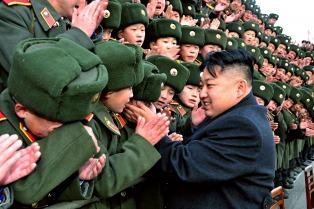 Miles de norcoreanos se movilizaron para protestar contra Estados Unidos