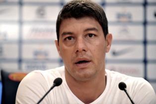 Niegan la desvinculación de Montero, pero Battaglia suena como reemplazante