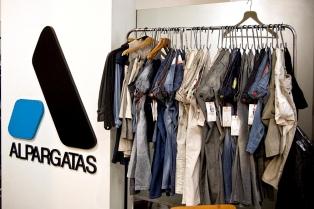 Una firma textil compra la fábrica de Alpargatas y mantiene a sus 112 empleados