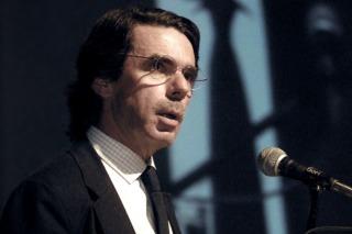 España: aseguran que Aznar cobró sobresueldos cuando era presidente