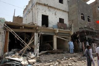 Elección histórica en Pakistán deja 30 muertos y denuncias de fraude
