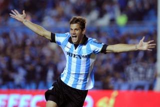 Racing, con la mira en la Sudamericana, venció a Tigre en Avellaneda