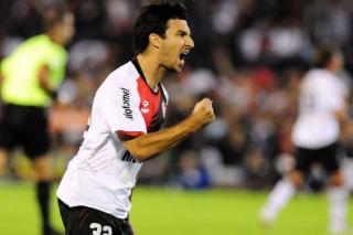 Newell's derrotó a Godoy Cruz en Rosario y arribó a la punta