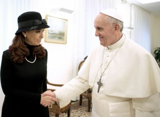 El papa Francisco envió un saludo a los argentinos con motivo de la celebración del 25 de Mayo