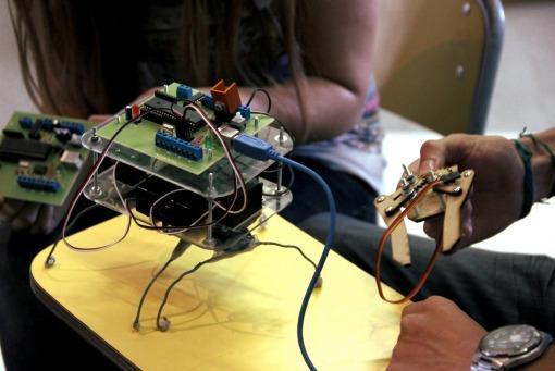 Huayra linux conectar igualdad ICARO software de enseñanza de robótica educativa 51a935bad0eae_510x341
