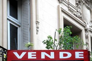 La compraventa de inmuebles cayó en febrero 35,9%