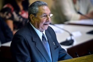 """Raúl Castro dice que la situación económica """"podría agravarse"""""""