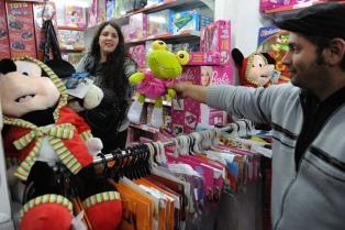 """Advierten de un virtual """"impuesto rosa"""" para las versiones femeninas de los juguetes"""