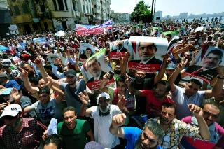 """En el """"viernes de los mártires"""", el rechazo al golpe volvió a ganar las calles en todo el país"""