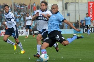 Belgrano sorprendió desde el vestuario a Gimnasia en Alberdi