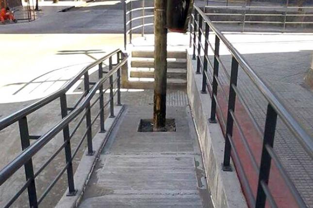 Ins Lita Construcci N De Una Rampa En El Barrio De La Boca