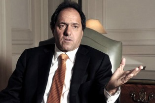 Scioli dispuesto a ir a internas con Randazzo, pero antes pide definir programas