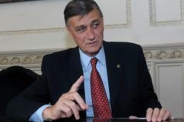Hermes Binner, preocupado porque Macri
