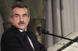 Rossi presenta su programa de gobierno con eje en la generación de empleo y la industrialización