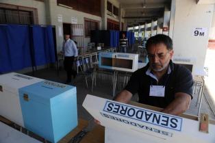 Por primera vez, los chilenos que viven en el extranjero podrán votar en las primarias