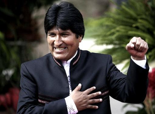 Evo Morales asumirá su tercer mandato consecutivo tras la contundente victoria de octubre