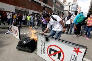 En el primer semestre hubo 58 protestas callejeras por día, según una ONG