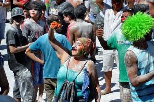 Lanzan la fiesta de La Chaya, con sus celebraciones callejeras y números artísticos