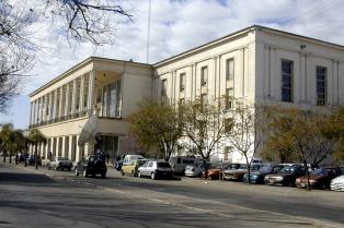 Separan a seis integrantes de una cátedra de la Facultad de Medicina acusados de misóginos