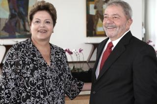 Lula anunció que vuelve a la política brasileña en defensa de Dilma