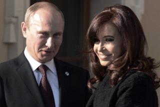 Cristina llega a Moscú para profundizar la alianza estratégica con Rusia
