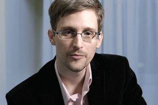 """Snowden: """"La debilidad de la acusación contra Assange es impactante"""""""