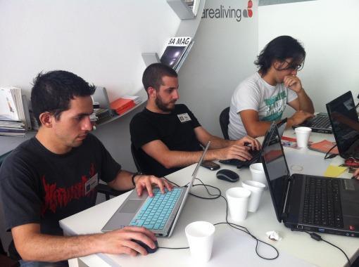Foto del último hackatón de HacksHackers