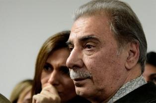 """El triunfo va a ser mío"", aseguró Sobisch tras emitir su voto"