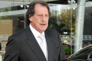 El presidente del Banco Macro confirmó su interés en adquirir el Patagonia