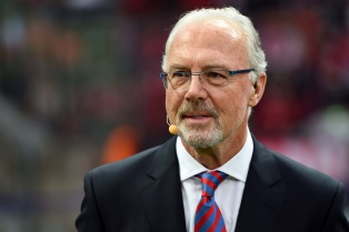Beckenbauer, salpicado por acusación de fraude en organización del Mundial 2006