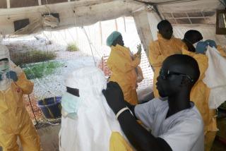 Los casos de ébola superaron los 10.000 con más de 4.900 muertos