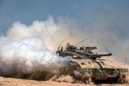 Turqu�a mand� tanques a Siria para repeler al EI y a los kurdos de su frontera