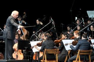 Barenboim fue nombrado director honorífico de la Filarmónica de Berlín