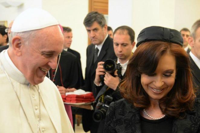 Cristina llegó a la residencia de Santa Marta en el Vaticano para reunirse con el papa Francisco