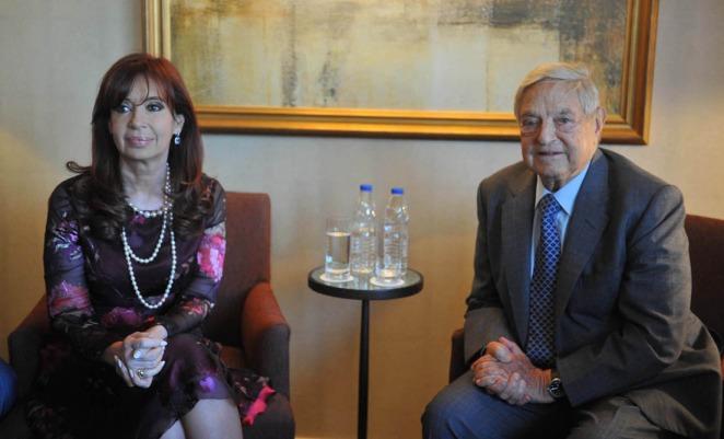 """Cristina se reunió con Soros y mantuvo un diálogo sobre """"las perspectivas de la economía argentina"""""""