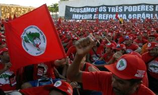 Campesinos Sin Tierra ocupan una propiedad rural de un amigo del presidente Temer