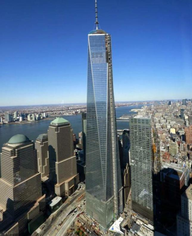 el principal rascacielos del nuevo world trade center abre