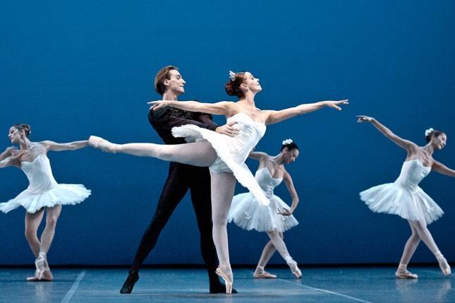Resultado de imagen para Fotos de la gala de clausura en Teatro Colón,