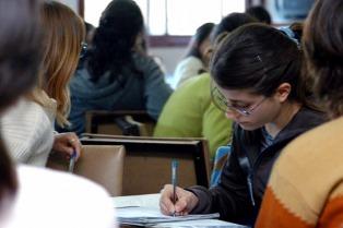 Focalizarán las becas Progresar en alumnos que estudien áreas de conocimiento estratégico