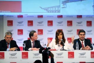 """Cristina pidió a candidatos que definan """"cómo y quién financiará las obras"""""""