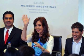 Cristina le toma juramento a Aníbal Fernández y encabeza dos actos
