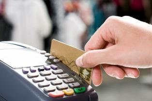 Habilitan a Pago Fácil, Rapipago y Cobro Express a operar con tarjeta de débito